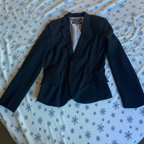 Black Single-Button Blazer